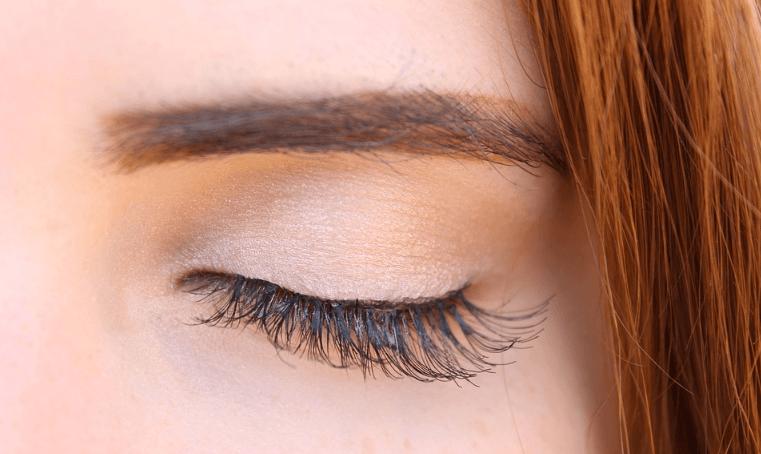 חומצה היאלורונית – טשטוש קמטי הבעה